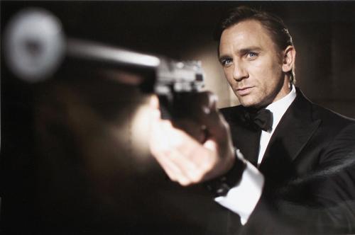 fe15 DanielCraig 1005n 10 15 2005 IO94FSN - Yeni Nesil James Bond - Daniel Craig