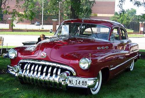 سيارات قديمة جدا بس روووووعة...... 50buick